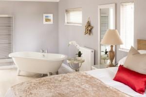WoldsEdge Lilydale bedroom