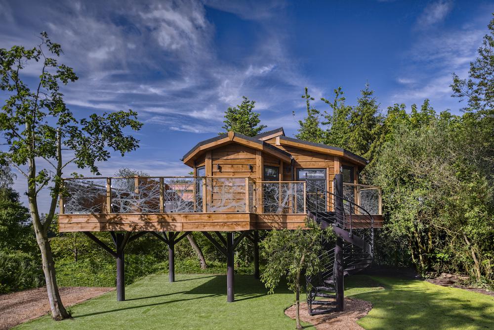 Luxury Treehouse Yorkshire